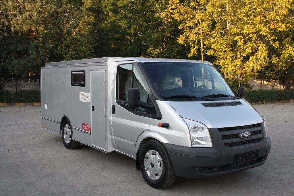 mobil karavan 5